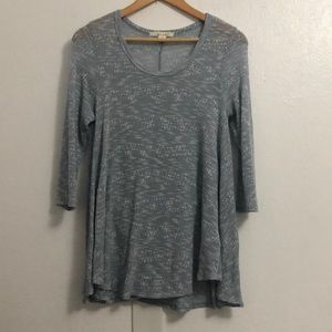 Francesca's Miami knit Flowy blue top